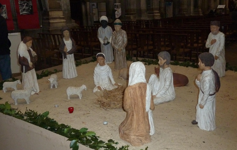 La crèche attend la naissance de l'enfant-Jésus. Au 13e siècle, sous l'impulsion de François d'Assise, la crèche de Noël a connu une nouvelle ferveur dans le monde chrétien. Ici, la crèche de la cathédrale St Maurice à Vienne en Isère. (Pierre Nouvelle)