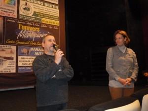 Au côté de Philippe Chapelot, directeur du cinéma Arletty à Autun,  et dans sa région d'origine, Sandrine Dumarais a présenté son dernier film ( c Pierre Nouvelle).