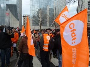 Dès le lendemain du premier tour, les confédrations syndicales comme la CFDT ont appelé les salariés à la vigilance envers les idées d'extrême -droite et les idées du Front nationale (© Pierre Nouvelle).