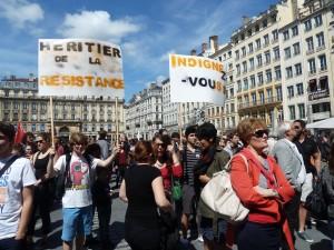 Sous l'Occupation allemande aussi, des jeunes courageux manifestèrent publiquement leur résistance (© Pierre Nouvelle).
