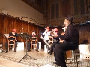 Un des  rares ensembles d'harmonicistes. Ici le Quintet Harmonic à Condrieu, dans le Rhône (© Pierre Nouvelle).