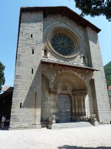 Il y a trente ans, la sous-sol de la première cathédrale dignoise a livré des vestiges romains et paléo-chrétiens conservés aujourd'hui dans un musée souterrain(© Pierre Nouvelle).