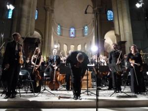 Musicien et chef d'orchestre, Franck-Emmanuel Comte,  a deux amours : Bach et Mozart (© Pierre Nouvelle).