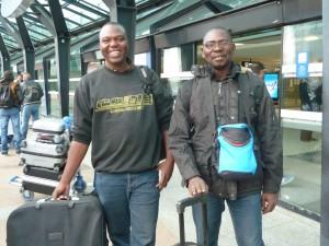 Moussa Sanon et Abdoulaye Ouattara sont arrivés à Lyon pour trois mois intensifs d'études dans le cdare de l'Université Lyon. C'est l'association lyonnaise Reporters solidaires qui les accueille.