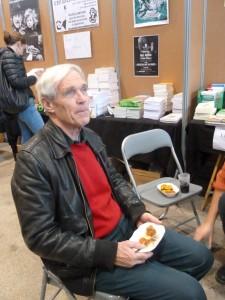 Dans les traces de René Dumont, Marc Dufumier est un agronome et un qui a formé des dizaines de responsables agricoles jusqu'en 2011 alors qu'il était enseignant-chercheur français à la chaire d'agriculture comparée et de développement agricole à AgroParisTech (© Pierre Nouvelle).