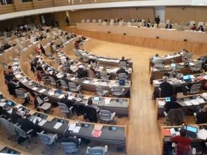 L'assemblée plénière du Conseil de la nouvelle région Rhône-Alpes/Auvergne viendra remplacer l'actuelle assemblée plénière qui était en session ce vendredi 6 mars 2015 (© Pierre Nouvelle.