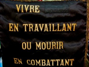 Novembre 1831-avril 1834, le quartier lyonnais de la Croix-Rousse vibrait lorsque ouvriers en soierie se levèrent (©DR).