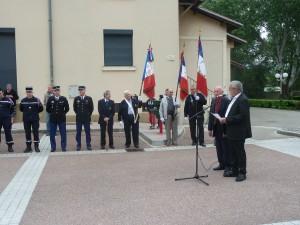 A Ampuis, comme dans les 36 000 communes de France, on a commémoré le 70e anniversaire de la capitulation du régime nazi (© Pierre Nouvelle)