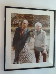 Avant et après son élection à la présidence de la République, en visite à Vézelay, François Mitterrand ne manquait pas de rencontrer son ami Jules Roy (© Pierre Nouvelle).