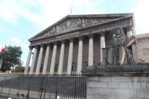 Depuis deux ans, le projet de loi de Christiane Taubira sur la protection des sources des journalistes n'est toujours pas venu en séance publique (© Pierre Nouvelle).