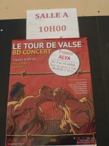 Le Tour de valse produit à l'Espace Alya d'Avignon était un des 1300 spectacles du festival off 2015 (© Pierre Nouvelle).