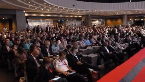 Près de 1500 participants dont 500 délégués ont participé au 13e cpngrès de l Confédération européenne de syndicats du 29 septembre au 2 octobre 2015 à Paris (© Pierre Nouvelle).