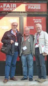 Patrick Kamenka (SNJ-CGT) et Jean-François Cullafroz( CFDT-Journalistes) entourant Paco Audije (Fape), le trio représentant la Fédération européenne des journalistes (© Pierre Nouvelle).