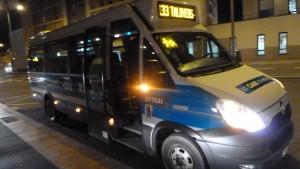 La société Transdev qui assure un certain nombre de liaisons à l'ouest et au sud du département ne possède qu'un seul minibus qui dépend du dépôt de Vourles (© Pierre Nouvelle).