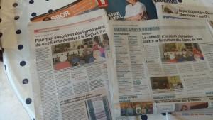Les quotidiens le Progrès et le Dauphiné libéré du 15 février 2016 témoignaient de la poursuite da la mobilisation pour sauver les lignes des Cars du Rhône (© Pierre Nouvelle).