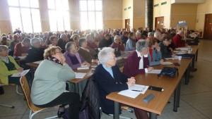 Près de 200 retraités venus de toute la région Rhône-Alpes pour s'informer et ses former sur la nouvelle loi sur l'adatation de la société au vieillissement (© Pierre Nouvelle).