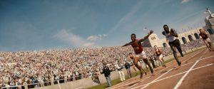 Hitler n'a jamais voulu serrer la main de Jesse Owens, cet athlète noir américain, vainqueur de quatre médailles d'or aux JO de 1936 à Berlin (© DR).