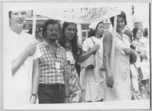 Entre 1972 et 1973, les grèves furent nombreuses et logues aux Hospices civilsde Lyon. Les jeunes militant-e-s, notamment adhérents CFDT, y prirent une part importante (© Marie-Blandine Bérerd-Vingert)