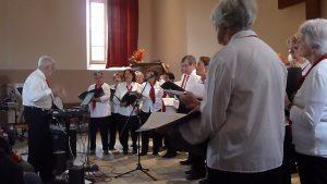 La Gervanne est un ensemble qui totalise plus de trente années d'activité chorale. Il ya huit ans, Claude Griimaud en a repris la direction (© Pierre Nouvelle).