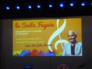 La Suite Fugain est un spectacle musical théâtralisé qui réunit 160 choristes et 60 musiciens issus de cinq ensembles vocaux et musicaux (© Pierre Nouvelle) ?