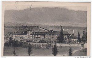 Tous les élèves qui sont passées par le Petit séminaire de Thonon-les-Bains ne sont pas devenus prêtres. Exemple de Claude Mégevand qui a fait carrière dans le secteur de l'assurance et de la banque mutualiste (© DR/Delcampe)