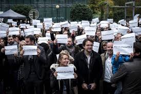 un mois de grève pour obtenir un rendez-vous gouvernemental puis l'ouverture de négociations avec la direction (© DR/Libération.fr)
