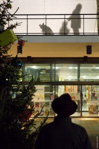 Au bazar des primaires, Noël peut aider à construire un monde nouveau (© Pierre Nouvelle).
