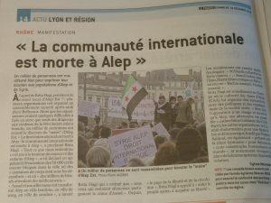 Comme le rapporte le quotidien Le Progrès, un millier de personnes se sont rassemblées à Lyon samedi 17 décembre 2016 en solidarité avec les habitants d'Alep (© Pierre Nouvelle).