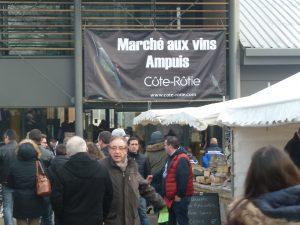 Dans tous les terroirs, la fête de la Saint Vincent fait se côtoyer enjeux commerciaux et aspirations religieuses (© Pierre Nouvelle).