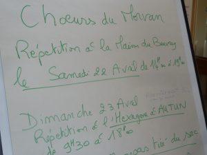 Sans oublier d'accomplir leur devoir civique pour le 1er tour de l'élection présidentielle, choristes et musiciens seront accueillis en nombre salle de L'Hexagone à Autun (© Pierre Nouvelle)..