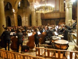 Le programme printanier de l4orchestre eds Hopsices civils de Lyon était résolement romantique avec Brahms, Elgar, Rimsky-Korsakov et Rossini (© Pierre Nouvelle).