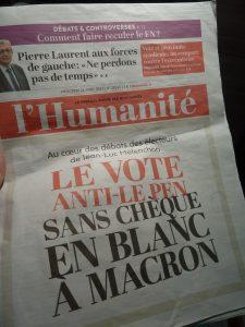 De quelque bord politique qu'ils viennent, les électeurs d'Emmanuel macron le 7 mai n'entendent pas donner un chêque en blanc au futur président (© Pierre Nouvelle).