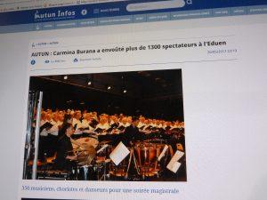 La presse locale a été séduite par l'intrerprétation de Carmina Burana, à l'instar du site Internet Autun Infos (© Pierre Nouvelle).