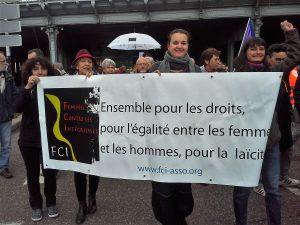 Le défilé du 1er mai était aussi un bon moment pour rappeler que le droit des femmes est une composante essentielle des luttes syndicales en particulier et sociétales en général (© DR).