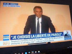 Le garde dseaux parti a choisi la liberté de parole , et les journalistes persistent à privilégier la liberté de la presse (© Pierre Nouvelle).