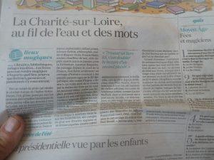Au fil de l'été, le quotidien La Croix s'est arrêté à la Charité-sur-Loire  (© Pierre Nouvelle).