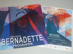 Durant l'été 2017, comme l'an passé, le spectacle sur Bernadette a été au cœur du calendrier culturel de la ville (© Pierre Nouvelle).