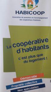 Le mouvement Habicoop, qui développe une démarche différente en terme de contsruction de logements, a été d'une aide précieuse aux membres de la coopéative Chamarel (© Pierre Nouvelle).