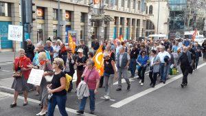 A Lyon, la CFDT retraités participait à la ma,ifestation organisée par neuf organisation syndicales et avait été cantonnée en bout de cortège (© Pierre Nouvelle).
