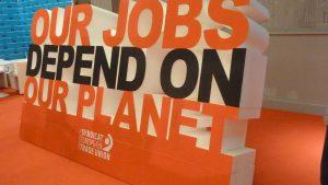 Louis Viannet a posé la question de l'adaptation du syndicalisme au salariat et aux diffiucltés qu'il rencontre comme la question du chômage (© Pierre Nouvelle).