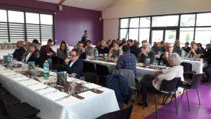 La vingtaine de vignerons qui constituent l'association Vitis Vienna avait invité leurs amis et les personnalités locales pour déguster en petit comité leurs différentes productions (© Pierre Nouvelle).