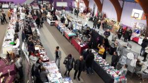 Le Marché de Noël d'Ampuis (Rhône) fête ses vingt ans avec toujours le même objectifs : venir en aide aux enfants de la communs (© Pierre Nouvelle).