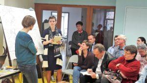 En présencede la maire la commune (Thér_se Corompt) et d'un représentant de la métropole de Lyon (Pierre Hémon), la députée iséroise Caroline Abadie ((LREM) a expliqué en quoi l'Etat était aussi concrné par la mobilité des habitants de la Vallée du Rhône (© Pierre Nouvelle).