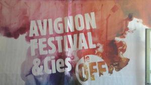 L'association Avignon Festival & compagnies off est la maîtresse d'œuvre de la programmation culturelle en marge du festival officiel (© Pierre Nouvelle).