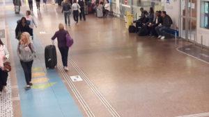 Samedi 1er se^ptembre 2018 à 9 heures : la gare lyonnaise de la Part-Dieu est encore déserte... (© Pierre Nouvelle).