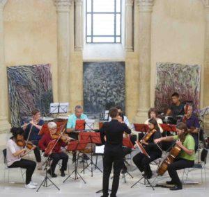 Concert de rentrée pour Harphonia, ensemble symphonique implanté dans le bassin de Vienne (Isère) dans le cadre de l'église St Baudille à Ampuis (Rhône). Ici, cliché d'un concert de la saison 2017-2018 à Salaise (Isère) ( (© DR/Harphonia).