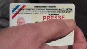 lorsqu'il part à la retraité, un journaliste professionnel qui a travaillé au moins trente annes peut obtenir sa carte de presse honoraire (© Pierre Nouvelle).