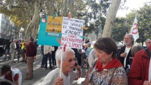 Entre 700 et 800 retraités ont particpé à la manifestation intersyndicale qui arpenté les rues de lyon, entre le pont La Fayette et le si-ge de l'Agence régionale de santé (© Pierre Nouvelle).