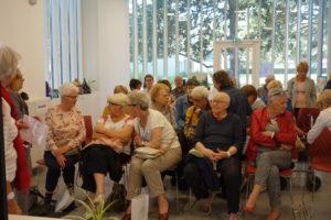 Les retraités restent des chevilles ouvrières de la vie en société, comme l'ot montré les initiatives prises durant la Semaine bleue début octobre (© Eliane Renard).