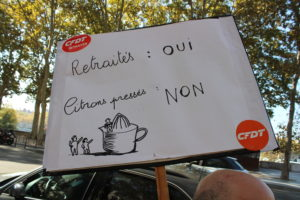 Les mesures prises à la rentrée par le gouvernement ont contribué à renforcer le malaise de la population âgée (© Clément Dumas).